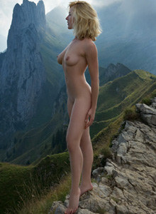 Busty Julia in Kreuzberge