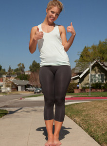 Amazing Candace Mazlin is outside in black spandex with cameltoe