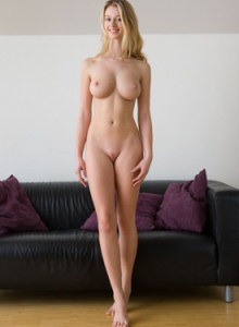 Blonde Carisha has exciting busty nude body