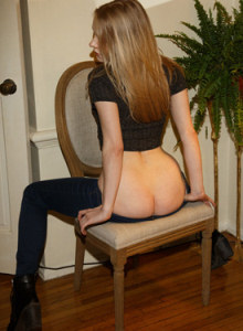Exciting blonde Freda Motten in tight blue jeans goes nude to show her tasty sexy ass