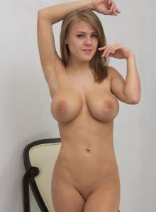 Hot big boobs Vanea wearing t-shirt and yellow stockings